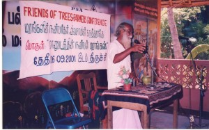 Training to former students. Natural-farming scientist Sri Nammalvaar sharing his views